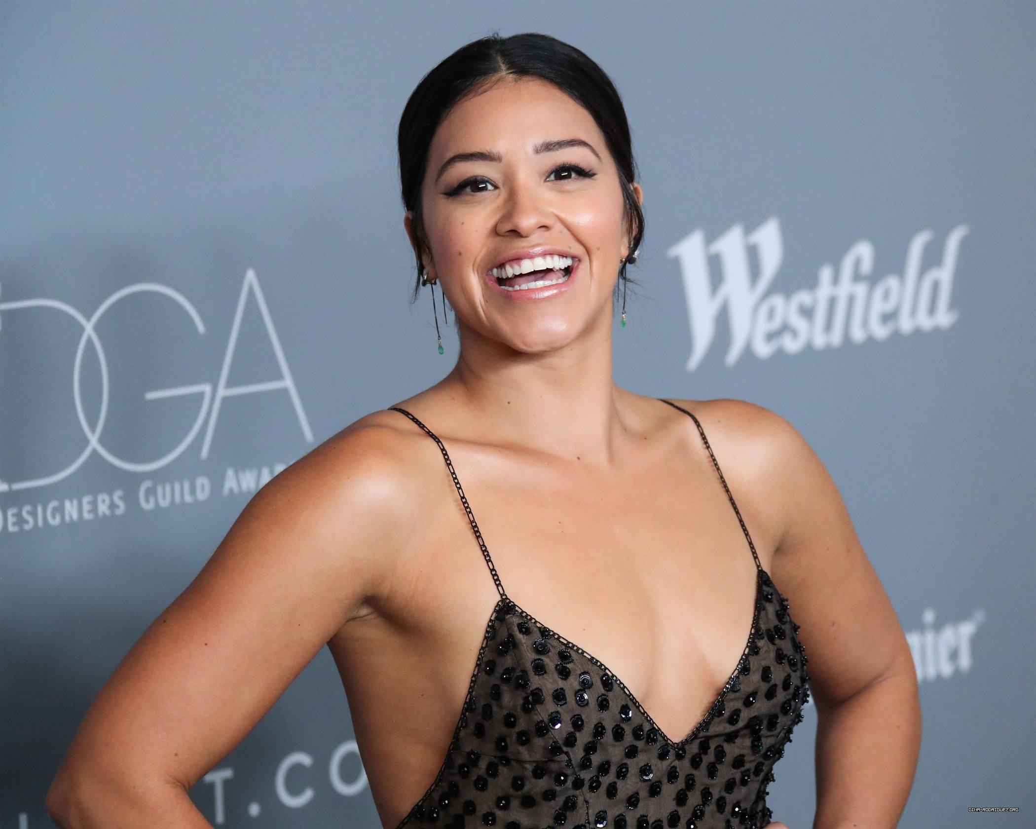 Press: Gina Rodriguez to Star in Sci-Fi Thriller 'Awake' for Netflix