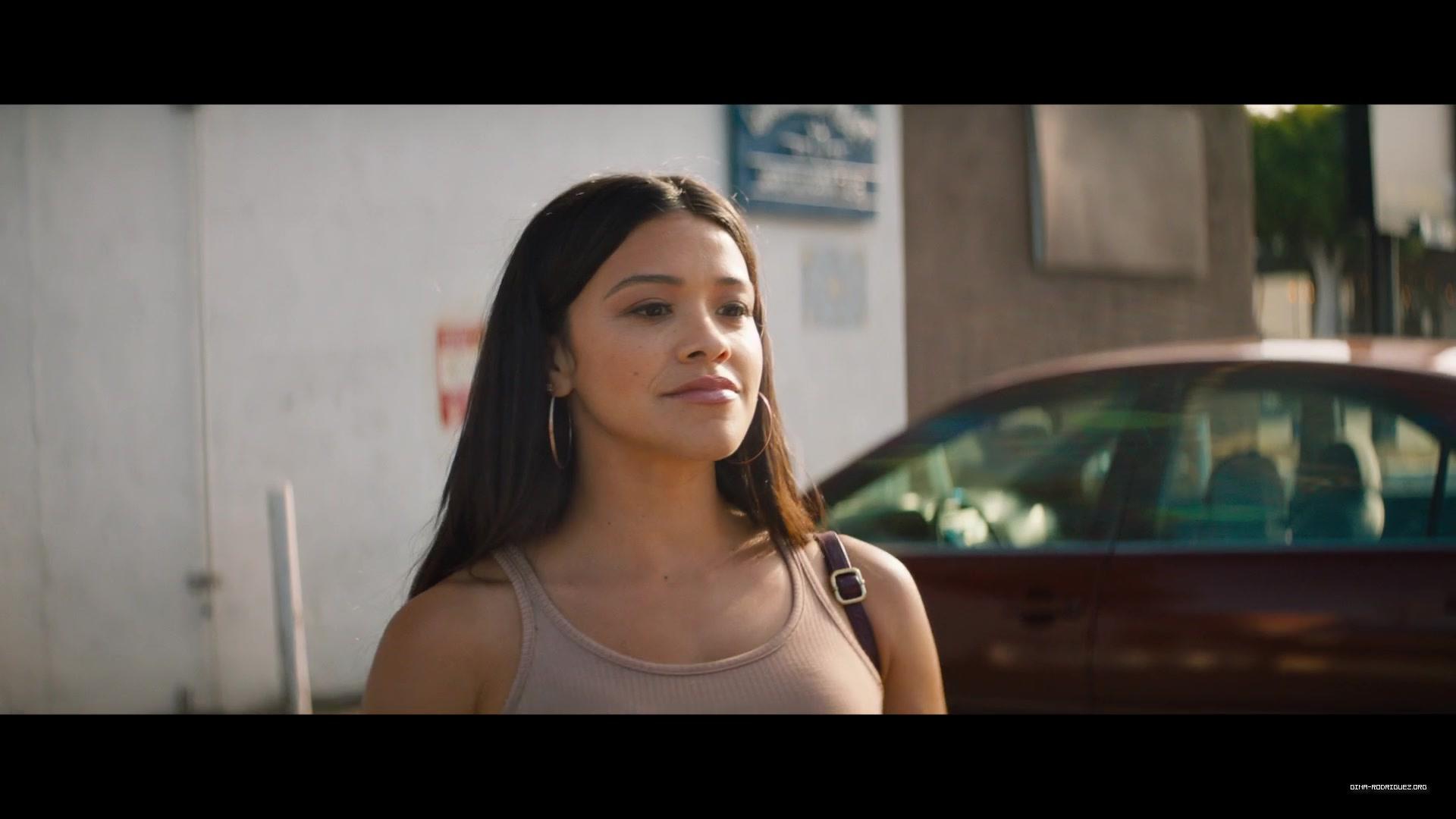 Photos: Kajillionaire HD Screencaps